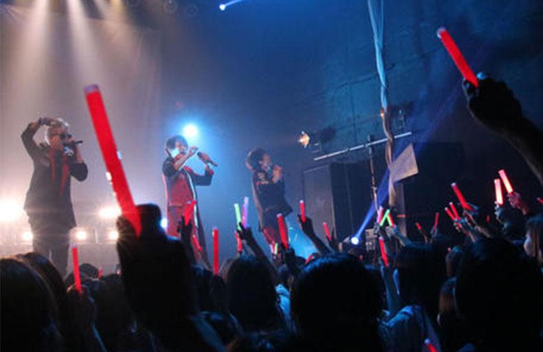 関西人気男性ボーカルユニット追加メンバー募集